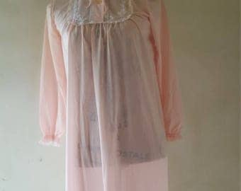 50 years ' Nightgown