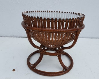 Franco Albini  Style  Sculptural   Fish Trap  Basket  Rattan  Round  Side Table.