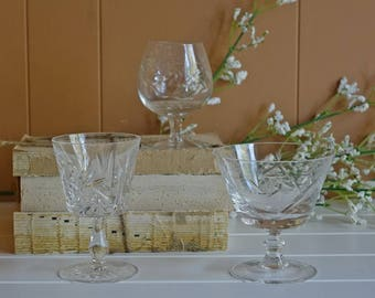 ViNTAGE ETCHED CRySTAL GLASS - pinwheel glass - set of three different glasses
