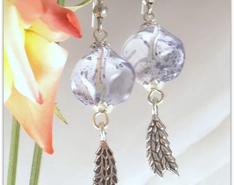 Transparent lavender blue Stud Earrings, glass Czech Pearl speckled feather - 123Pierres jewelry charm