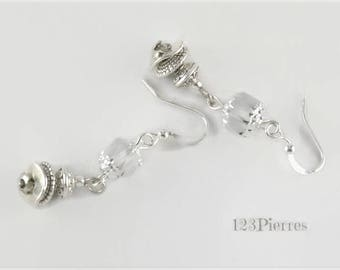 Fine white and silver earrings, Czech cathedral glass and silver metal - An 123 Pierres jewel