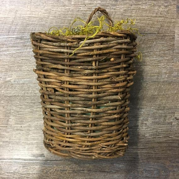 "7"" Hanging Wall Basket"