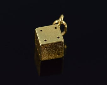 18k Vintage 3D Lucky Dice Charm/Pendant Gold