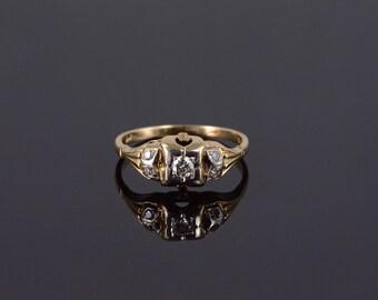 14k Retro Diamond Five Stone Leaf Engagement Ring Gold
