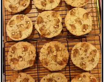 Jumbo Twix Bar & Chocolate Chip Cookies - 1 Dozen
