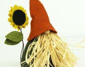Scarecrow Gnome and Sunflower, VIGGO, Nordic Gnomes, Scandinavian, Gnome Home, Thanksgiving, Gnome, Autumn, Fall Decorations, Sunflower