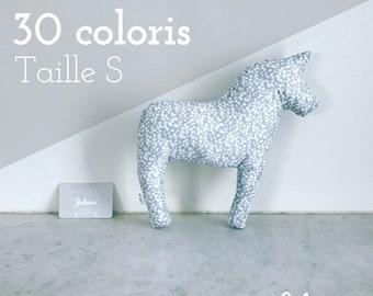 Coussin licorne / cheval personnalisé - Taille S - 30 coloris au choix - Cadeau de naissance personnalisé