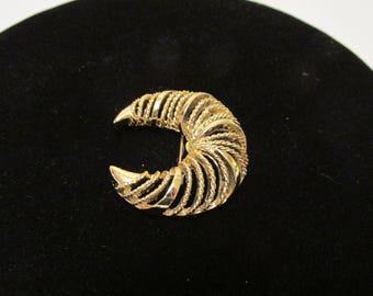 """Half Moon Gold Brooch 1 1/2"""""""