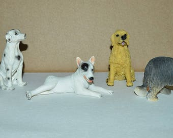 set of 1 resin dogs