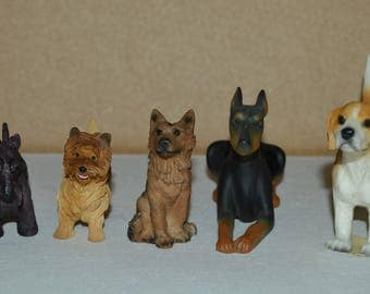 set of 3 resin dogs