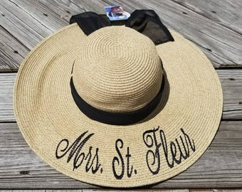 Monogrammed Bride Hat, Monogrammed Bride Floppy, personalized bride floppy hat, Just Married Hat, Honeymoon Hat, Mrs Floppy Hat