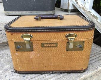 Vintage Brown Train Case