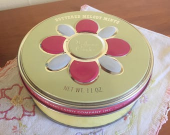 SHIPS FREE!! Vintage Buttered Melody Mints Candy Tin