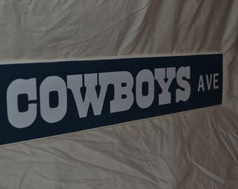 Dallas Cowboys Ave. Wooden Sign