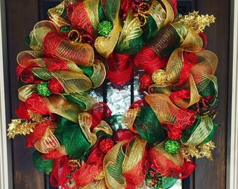 christmas red green and gold holiday wreath