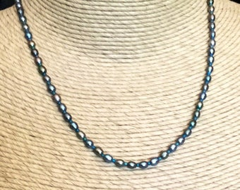 Teal pearl short necklace