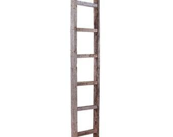 BarnwoodUSA Rustic Wooden Blanket Ladder; Weathered Gray