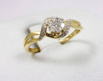 Solid 10K Yellow Gold 0.17 Carat Diamond Cluster Flower Ring, Size 7, 1.5 grams