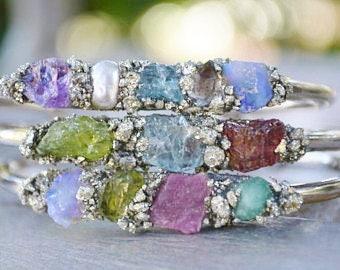 Birthstone Bracelet for Mom, Raw Birthstone Jewelry, Raw Stone Jewelry, Customized Birthstone Jewelry, Custom Birthstone Bracelet