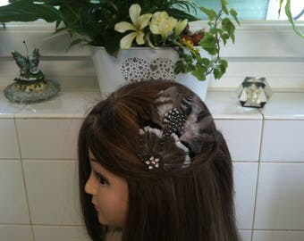 Headband shabby bronze,brown grey black white feather,metal flower/serre tete shabby en plumes naturelles bronzes blanches grises