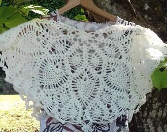 "Poncho woman ""Ina"" wool crocheted ECRU handmade Indian ethnic motif"