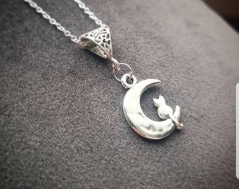 Familiar Necklace