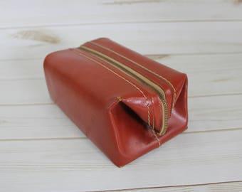 Vintage Men's Leather Travel Case // Men's Dopp Bag Kit // Leather Grooming Case // Men's Toiletry Bag // Men's Shaving Bag