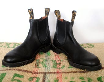 Black Baxter Boots -  Vintage Made in Australia – RM Williams style Leather Chelsea Ankle Boots -Size Aus 8 US M 9 USL 10.5 EU42