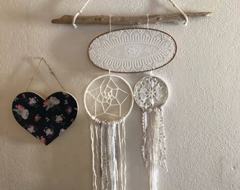 Gorgeous Dream Catcher Wall Hanging