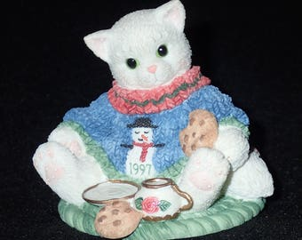 Enesco Calico Kittens 1997 A Dash Of Love Makes You Sweeter Figurine #276863