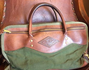 FREE SHIPPING//Vintage Diamond Bluff Travel Gear//Attache//Canvas and Leather//Laptop Carrier//Portfolio//Made in the USA