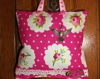 """Fabric"" mind Shabby""chic door Deco Lavender cushion - gorgeous Medallion patterns."