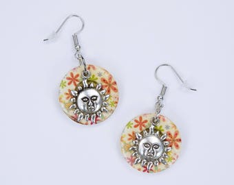 Earrings flower buttons with sun pendant earrings with silver-colored earrings