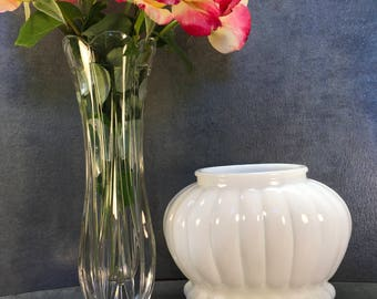 Vintage Milk Glass, 1960s, Milk Glass, White Vases, Wedding Vases, White Milk Glass, Vintage Vase, Flower Vases, Vases, Glass Vases, Wedding