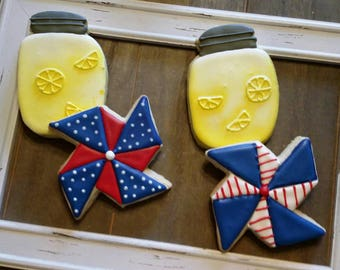 Patriotic Pinwheels and Lemonade Jars!