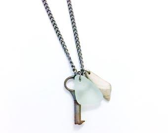 Green Sea Foam Sea Glass Shell Skeleton Key Steampunk Long Necklace Gunmetal