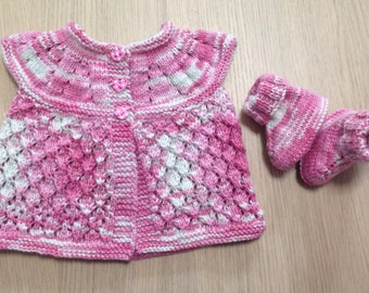 Knitted top with matching Ugg Boots