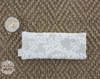 Eye pillow with Lavender Amma Therapy   Meditation Cushion & Relaxation   Organic Pearled barley   Cotton canvas   White leaves print