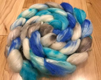 HANDDYED FIBRE (85 BFL/15 Silk)  - Drift Away