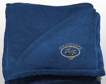 Personalized Multi-use Polar Sofa Bed Travel Fleece Blanket Deluxe - Ref. Dulcelina - Blue
