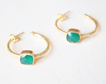 Green earrings, green onyx hoop earrings, green hoop earrings, green gemstone earrings, green onyx Gold hoop earrings green onyx jewelry