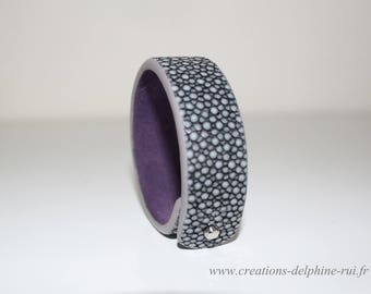 """""""Arletty"""" - lined purple suede leather Stingray leather bracelet"""