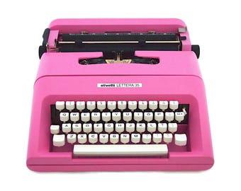 Olivetti lettera 35 typewriter, 1970s, 1977, pink typewriter, working typewriter, portable typewriter, vintage design typewriter, qwerty.