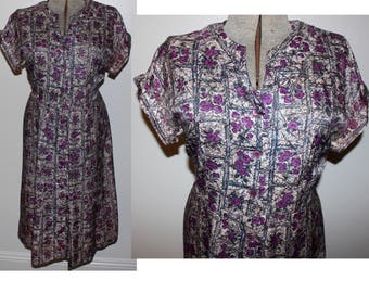 Vintage 1950s VOLUP purple floral rayon day dress 1X 344