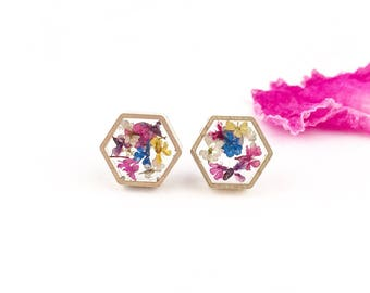 Tiny flowers earrings, Stud earrings with flowers, Queen Anne's Lace stud earrings, Hexagon earrings, Tiny earring studs, Real flowers studs