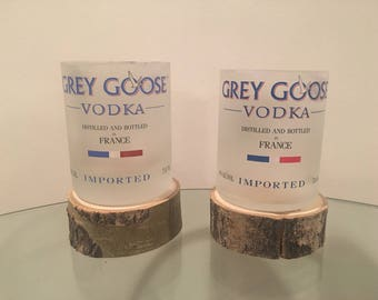 Grey Goose Vodka 750ml Bottle Rocks Glasses (2)