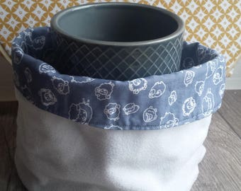 child cowl or snood