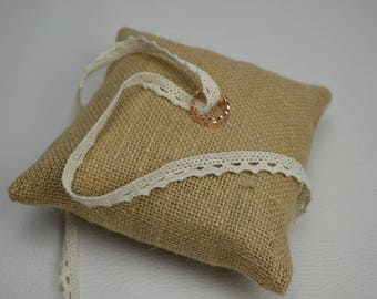 Ring bearer pillow, Burlap, lace
