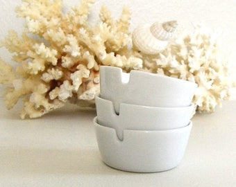vintage white ceramic ashtrays small white ashtray simple ashtray