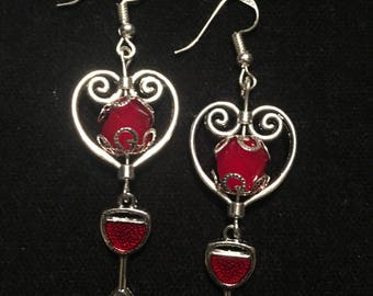 Heart dangle earring